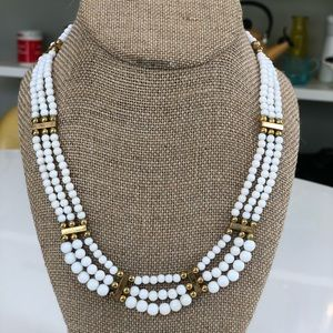 Vintage Beaded necklace with gold details